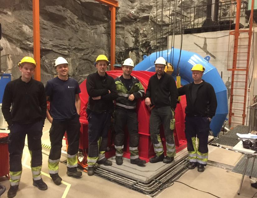 Stasjonsgruppe Sundsford og 2 stk fra Rainpower Fra venstre: Jesper Pedersen , Frode Amundsen (RP) Eirik Røsdal, Knut Kerssemakers(RP) Arnt Helge Tjugen og Edd Jimmi Hansse